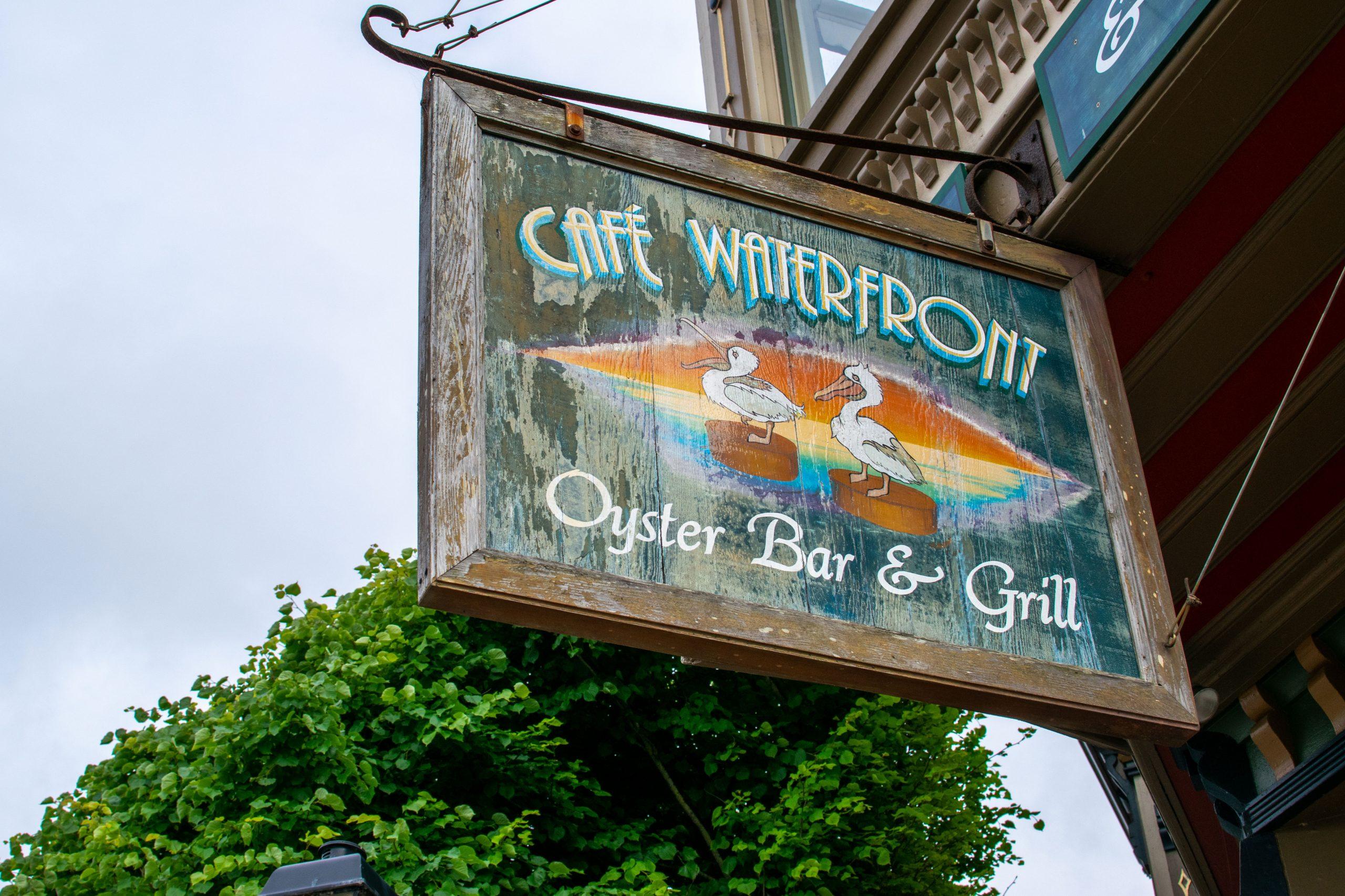 Café Waterfront