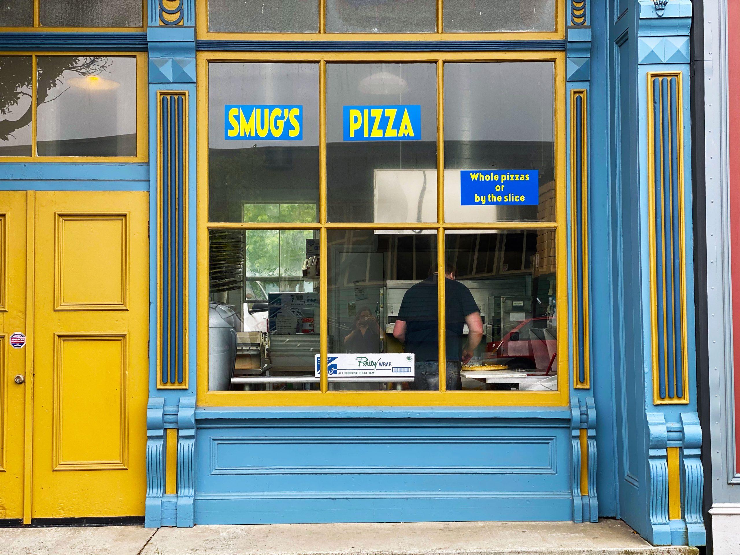 Smug's Pizza